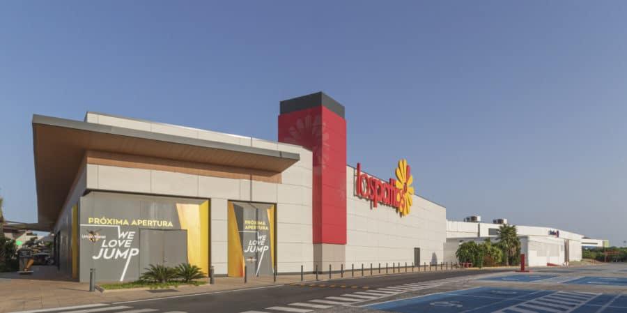 Centro Comercial Los Patios Fachada
