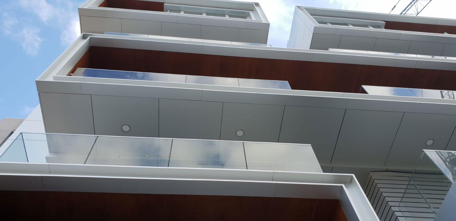Panel compacto Fenólico HPL.
