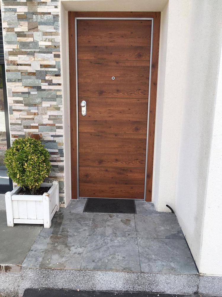 Instalacion Tablero Compacto Fenólico HPL exterior.