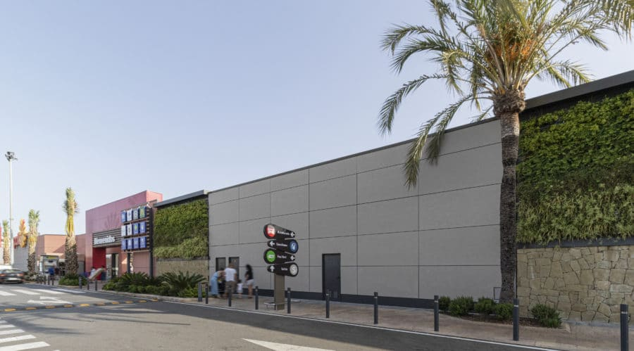Centro Comercial los Patios con fibrocemento EQUITONE