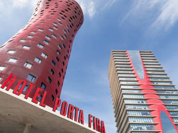 "Fachadas especiales: La ""falsa"" fachada del Hotel Porta Fira"