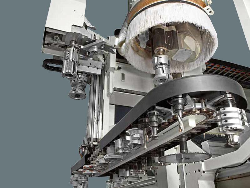 Eficacia y eficiencia: incorporamos un nuevo centro de mecanizado (CNC) de 5 ejes